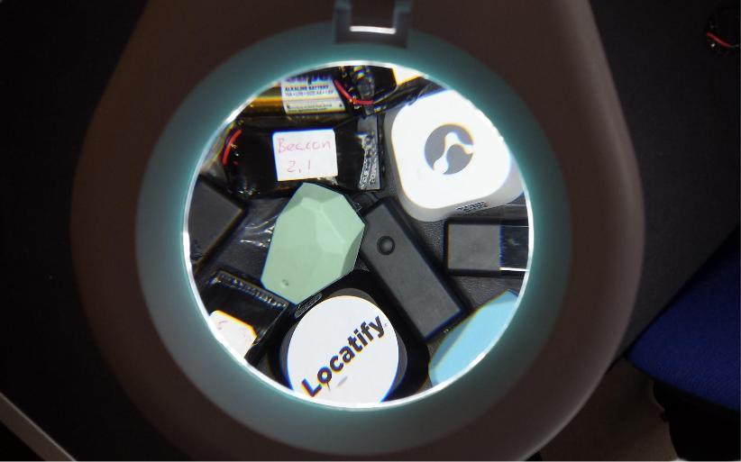 BLE Beacon spotlight review locatify