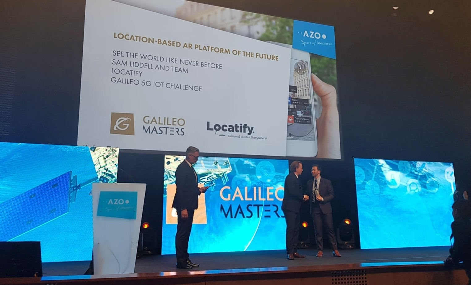 Sam Liddell Locatify accepts Galileo Masters award